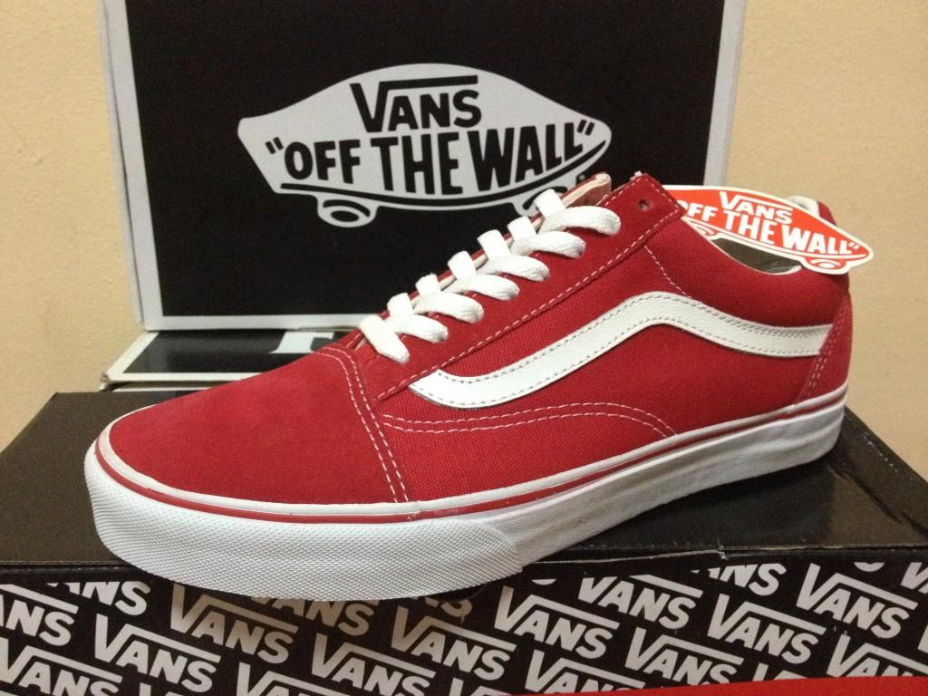 ภาพจริงจากร้าน : Vans Old Skool - Red True White : 2290.-