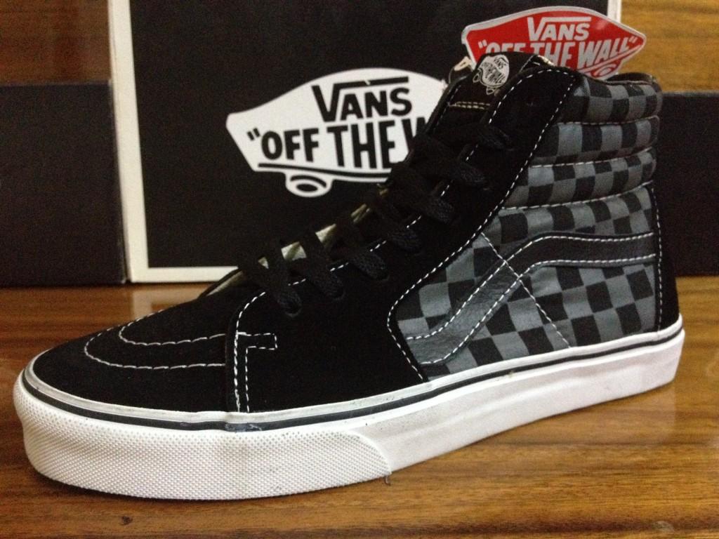 ภาพจริงจากร้าน | VANS SK8 - Checkerboard Black/Pewter : 2350.-