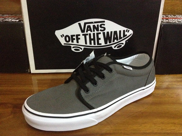 VANS 106 Vulcanized - Pewter/Black : 1650.-