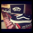 "ReStock Full size of VANS ""Old Skool – Black!"" …The most classic and great sneaker since 1977 by Paul Van Doren @California, USA! : Price 2100.- bath by www.WeSneaker.com Available size […]"