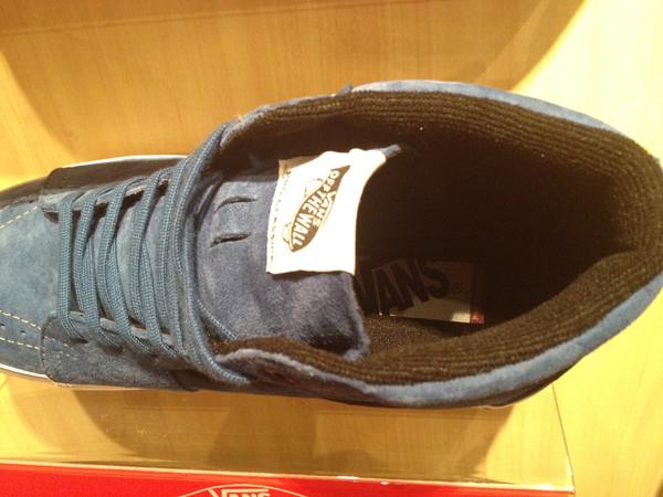 "VANS ""SK8 (Hi) - Pacific Blue"" : Price 4290.-"