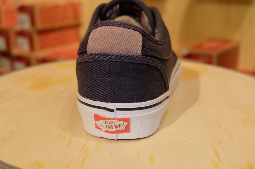 """รองเท้า VANS """"Chukka Low – (Totem) Navy/White"""" : Price 3,290.-"""