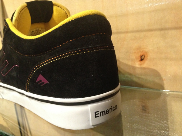 "Emerica : ""Jinx – Black/Yellow"" : Price 2900.-"