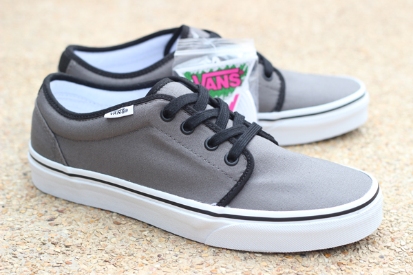 VANS 106 Vulcanized - Pewter/Black : 1750.-