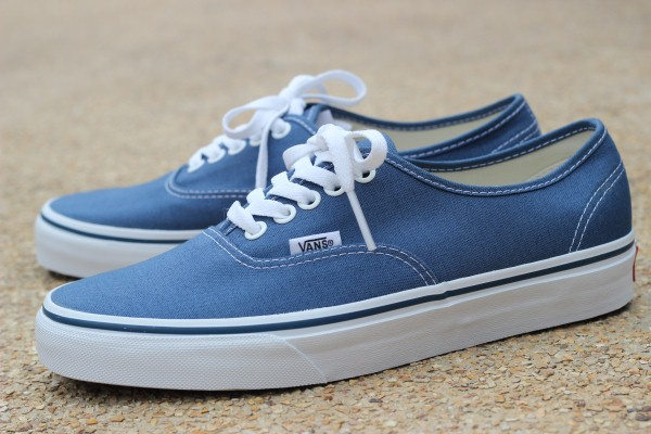 "Vans ""Authentic – Navy"" : 1680.-"