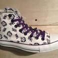 "CONSVERSE:Chuck Taylor All Star Joker Hi – Egret/Purple [Limited Edition!] สี: พื้นขาวครีมลายJoker/ม่วง ราคา: 2400.- ค่าส่ง: 100.- [EMS : 1-2 วันของถึงบ้านเลยครับ] รวม: 2500.- Most Ha!With The CONSVERSE ""Chuck Taylor All […]"