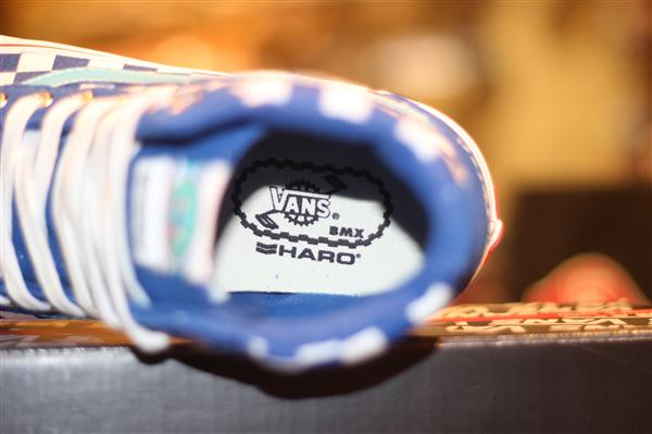 "VANS ""SK8-Hi [Reissue] – (Haro) Freestyler Blue"" : Price 3200.-"