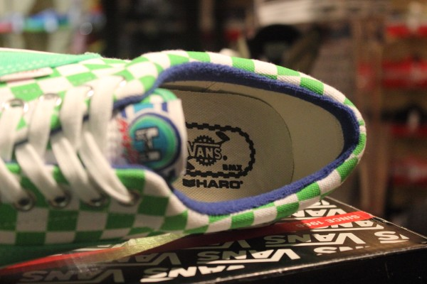 "VANS ""Era (Haro Collaboration) - Freestyle Green"" : Price 2490.-"