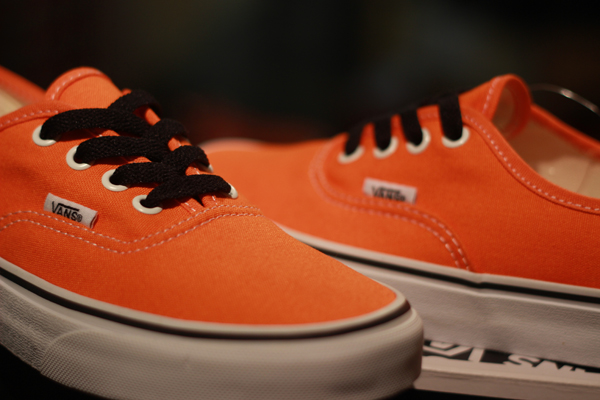 """VANS """"Authentic - Persimmon Orange/True White"""" [Seasoning Item!] : Price 1880.-"""