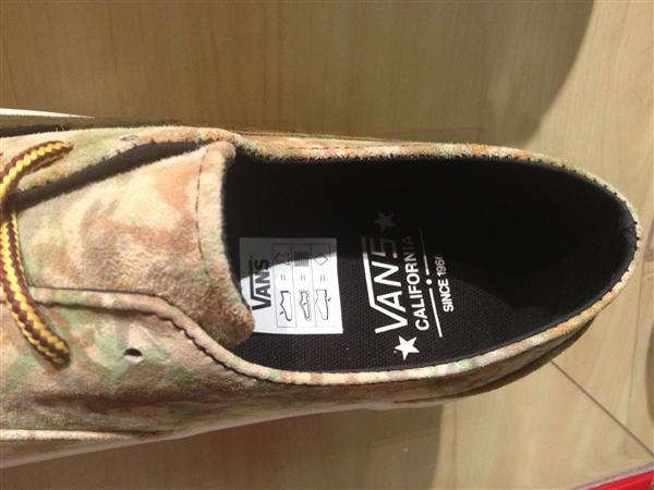 "VANS ""Era Decon CA – (Camo) Brown"" : Price 3490.-"