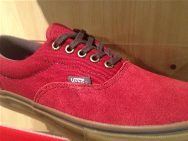 """VANS """"Era PRO - Rio Red/Gum"""" : Price 3000.-"""