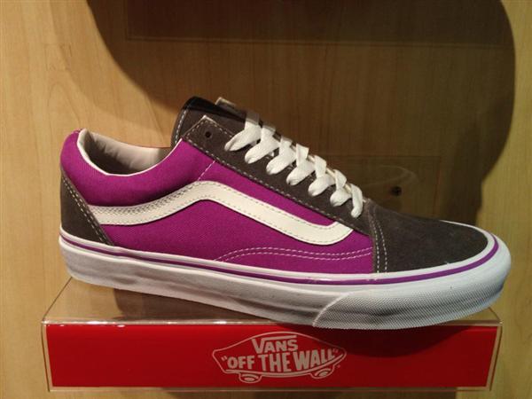 """VANS """"Old Skool - Pewter/Neon Purple"""" : Price 2300.-"""