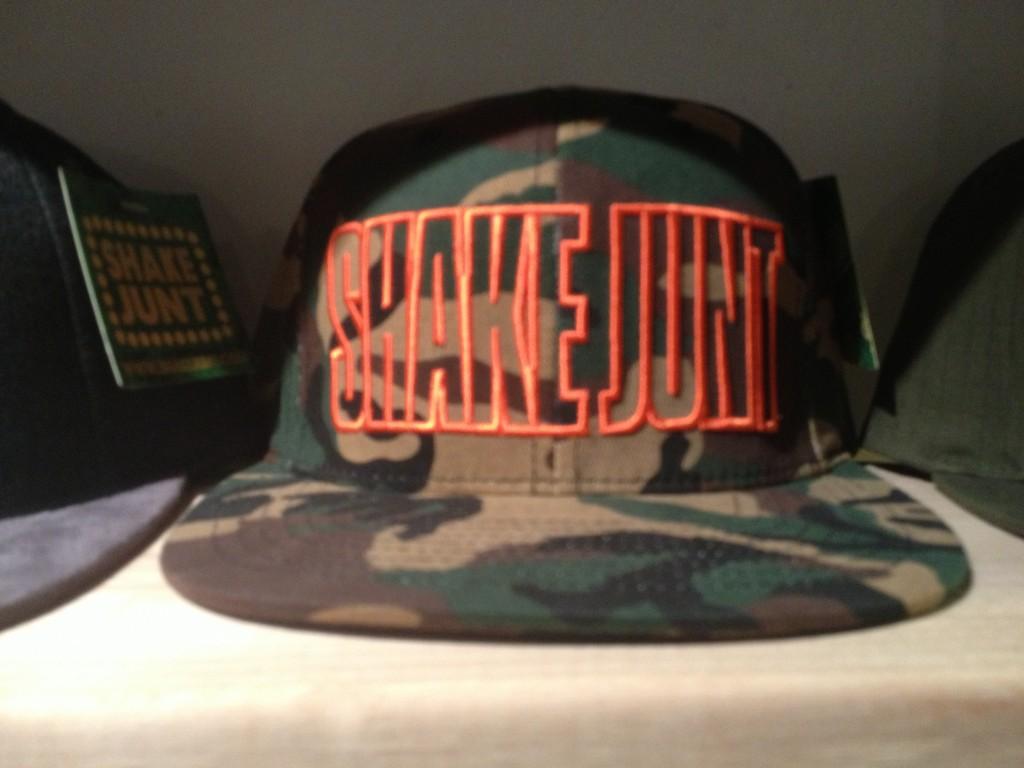 หมวก SHAKE JUNT