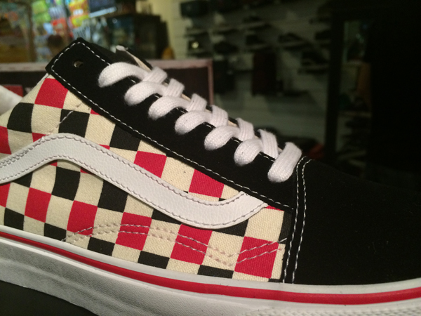 "VANS ""Old Skool - (VAN Doren) Multi Check/Black"" : Price 2600.-"