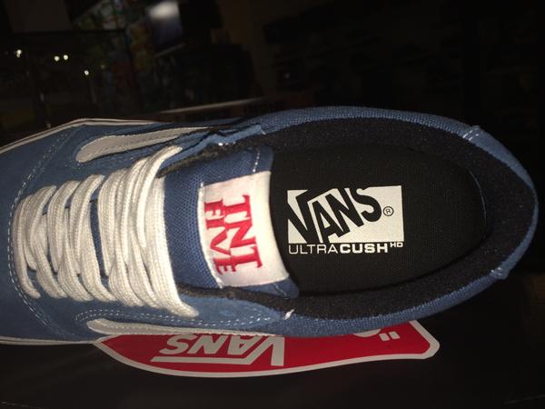 "VANS ""TNT5 (Tony Trujillo Signature Series 5) – Blue/White"" : Price 3350.-"