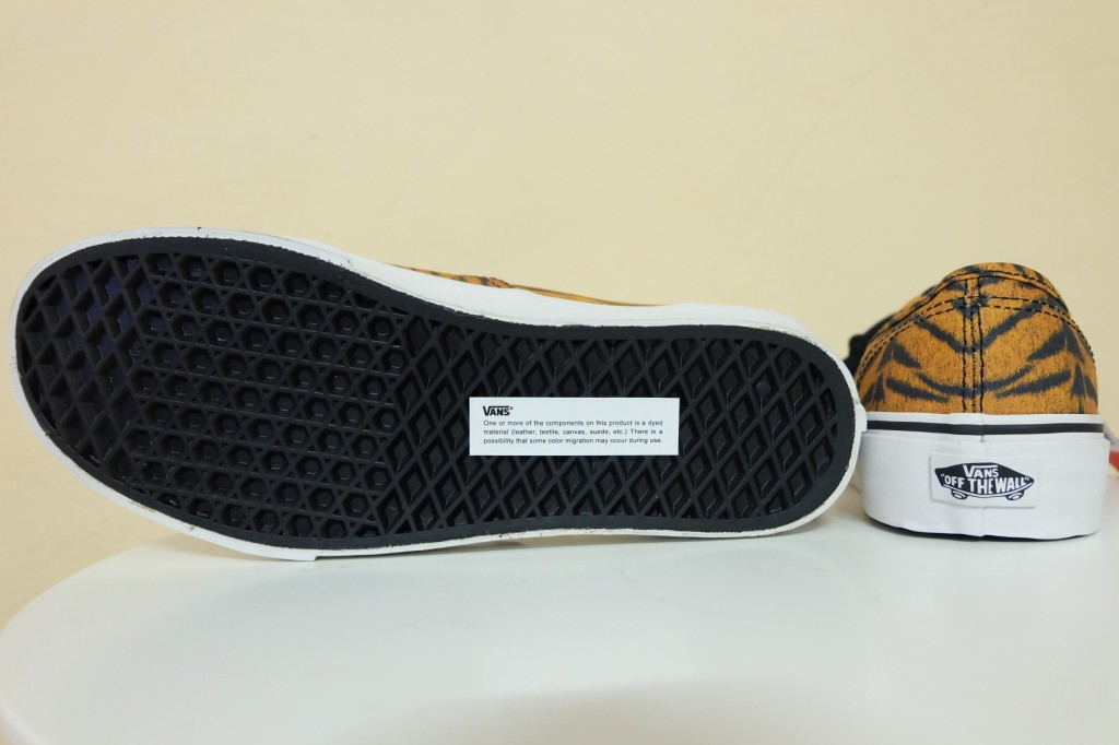"""VANS """"Authentic (Tiger) – Brown/True White"""" [Limited Edition!] : Price 2700.-"""