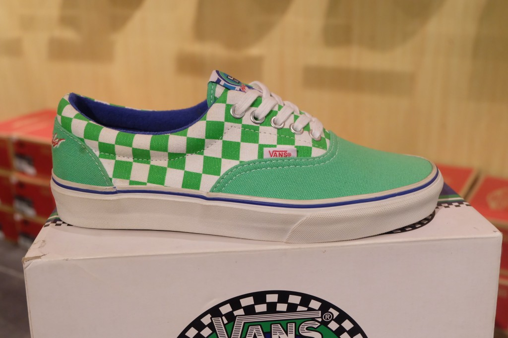"รองเท้า VANS ""Era (Haro Collaboration) - Freestyle Green"" : Price 2490.-"
