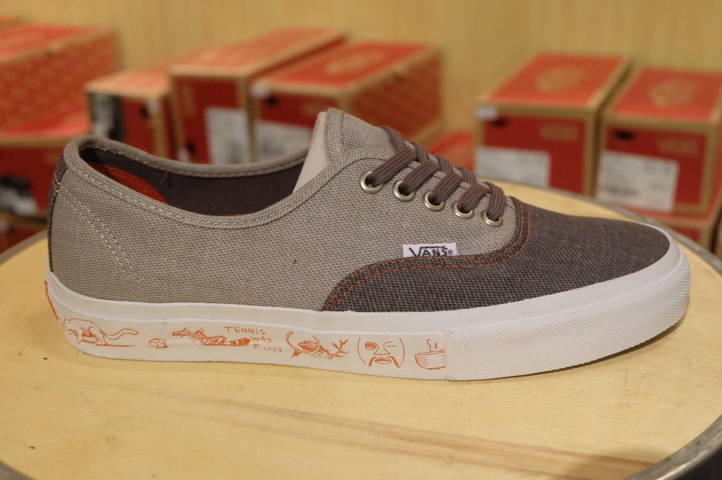 "VANS [SYNDICATE] ""Authentic PRO ""S"" – (Neil Blender) Grey"" : Price 4500.-"