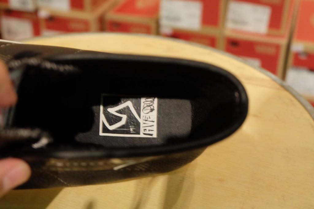 """VANS [Syndicate] """"AV Classic High """"S"""" -Black/White/Red"""" : Price 4100.-"""