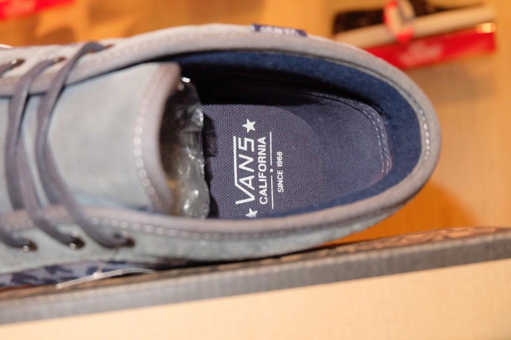 [VANS] Chukka Boot CA - (Leopard Camo) Ombre Blue : Price 3290.-