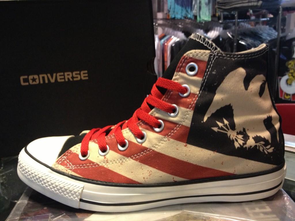 """รองเท้า Consverse """"All Star Hi - Black/Fire/Brick"""" : Price 2,400.-"""