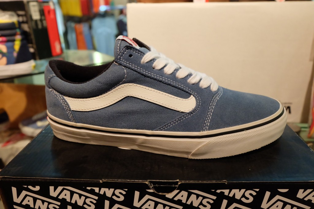 """รองเท้า VANS """"TNT5 (Tony Trujillo Signature Series 5) – Blue/White"""" : Price 3350.-"""