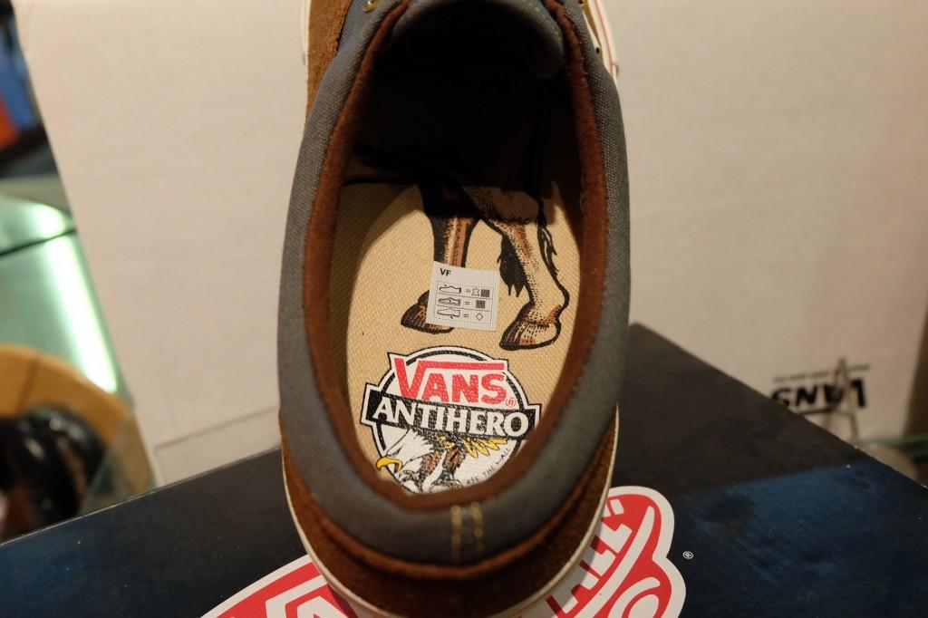"""รองเท้า VANS """"Era Pro - (Anti Hero) Brown/Cardiel"""" : Price 3,590.-"""