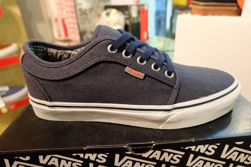 """รองเท้า VANS """"Chukka Low - (Totem) Navy/White"""" : Price 3,290.-"""