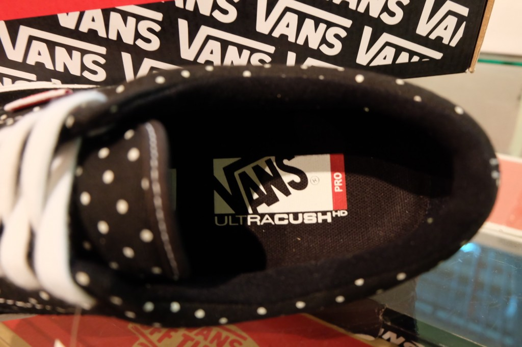 "รองเท้า VANS ""Era (PRO) - (Dustin Dollin) Black/Polka Dots"" : Price 3,290.-"