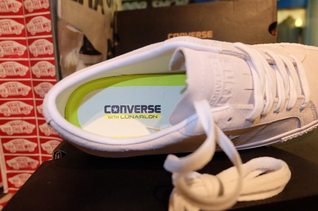 """รองเท้า Consverse """"One Star Skate - Egret/White"""" : Price 3,500.-"""