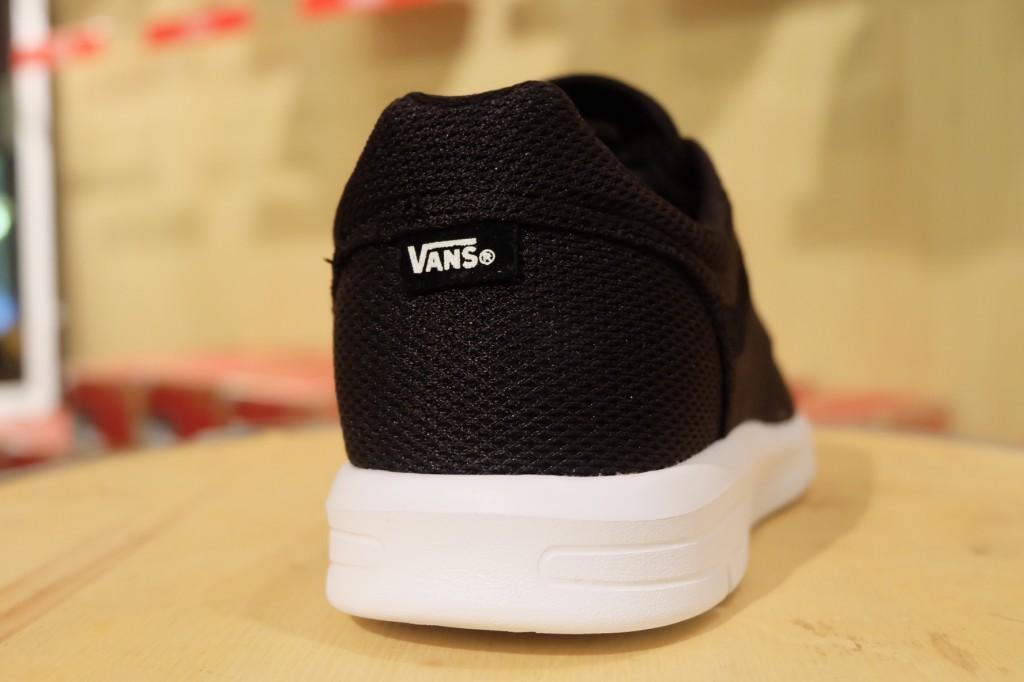 """รองเท้า VANS """"ISO 1.5 + (Mesh) Black"""" : Price 3,300.-"""