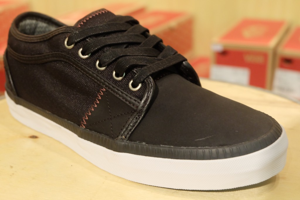 "รองเท้า [VANS SYNDICATE] ""Chukka Low ""S"" - (Ballistic) Black"" : Price 4,290.-"