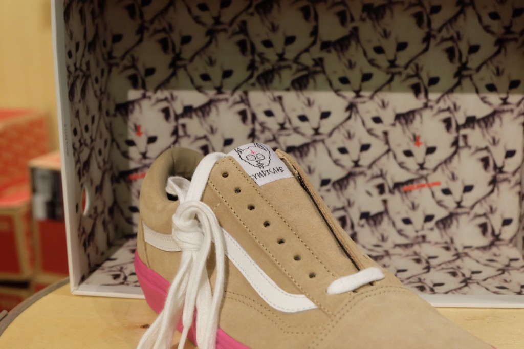 "รองเท้า VANS SYNDICATE ""Old Skool PRO ""S"" - (Golf Wang) Wheat/Pink"" : Price 4,500.-"
