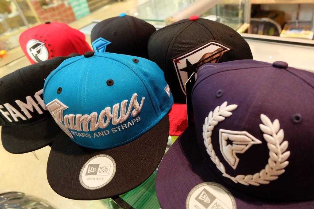 หมวก FAMOUS (Snapback)