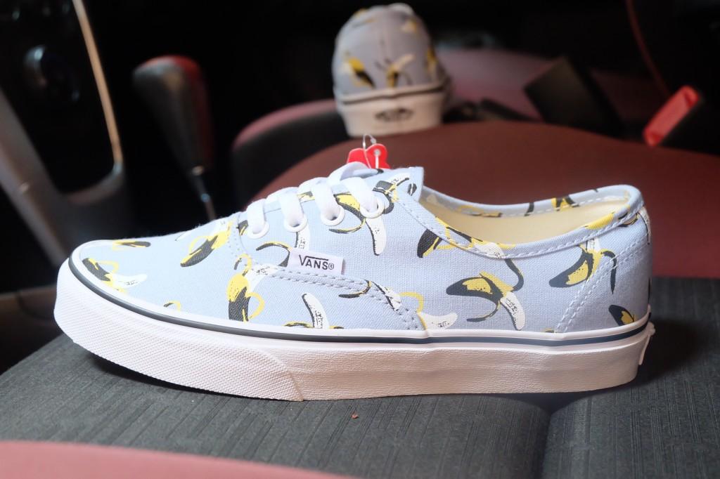 """รองเท้า VANS """"Authentic - (Bananas) Cashmere Blue/True White"""" : Price 2,100.-"""