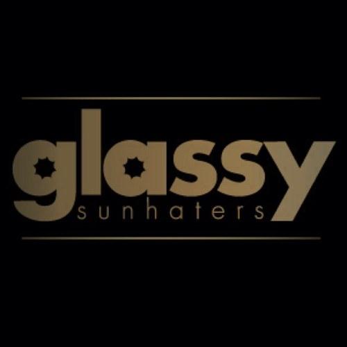 แว่น Glassy