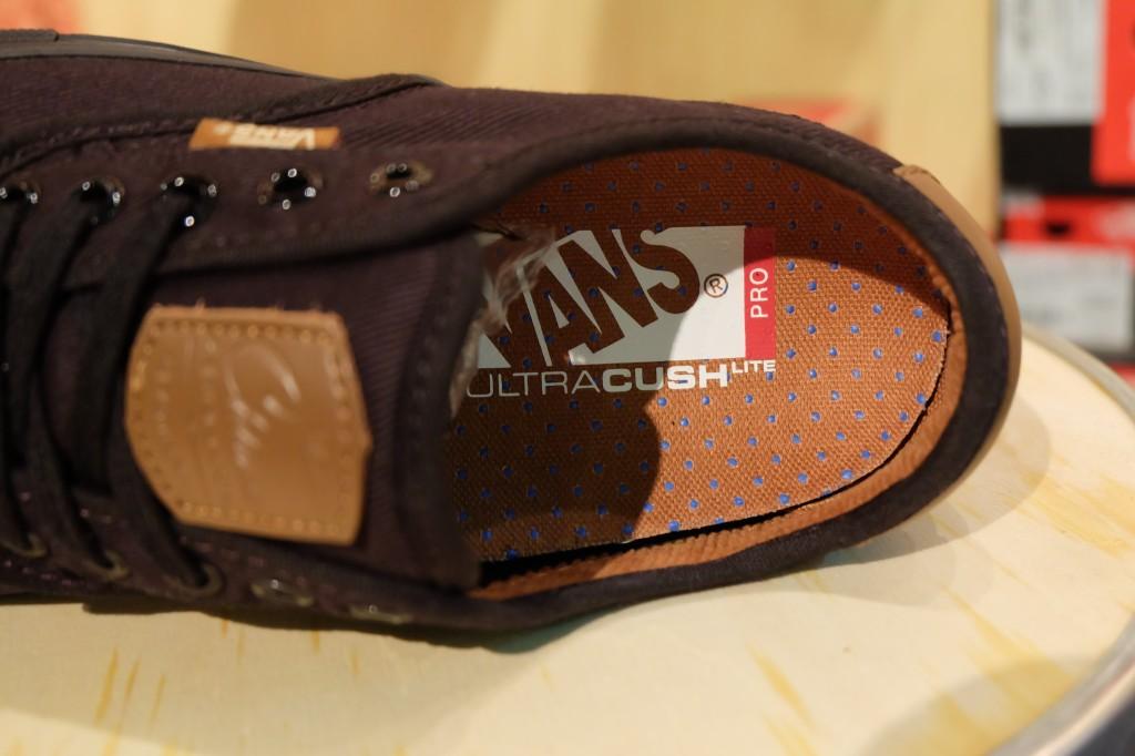 "VANS ""Chima Ferguson Pro – Black/Black"" : Price 3,100.-"