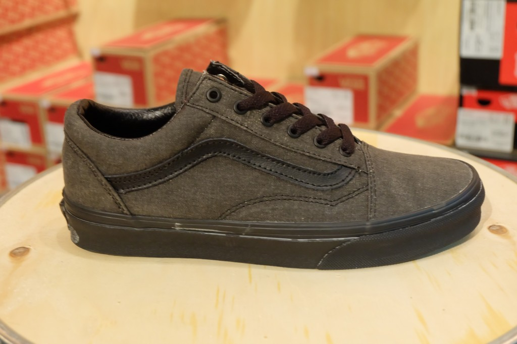"VANS ""Old Skool – (Washed) Black/Black"" : Price 2,800.-"