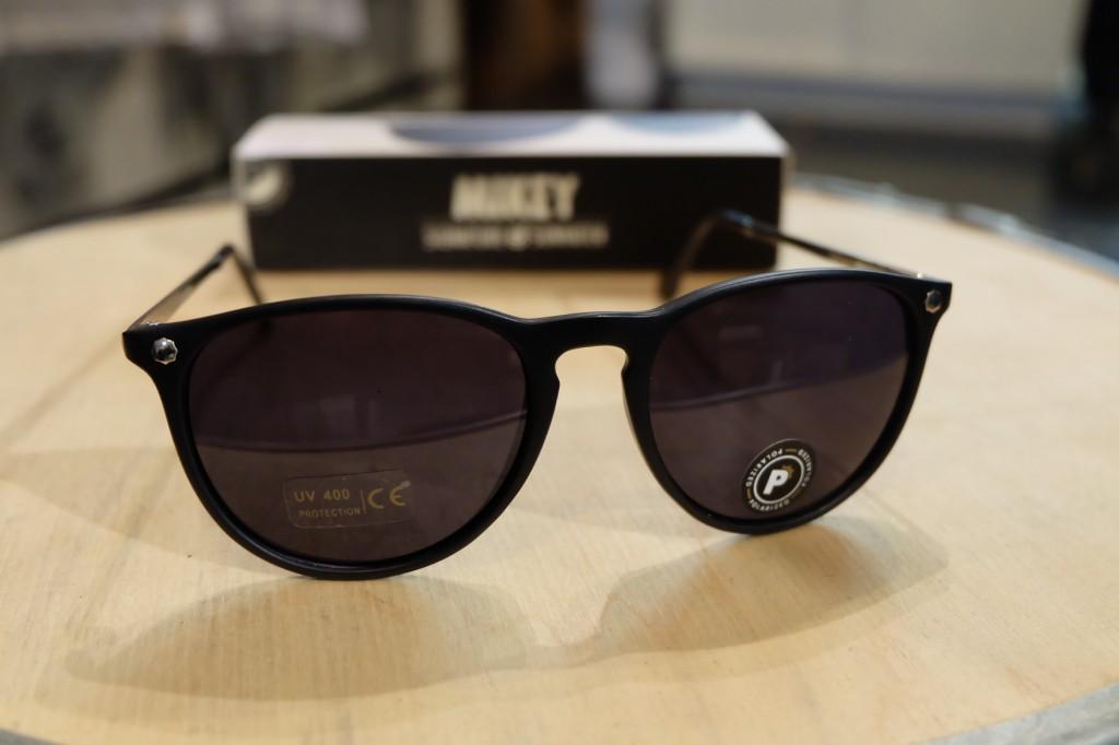 แว่นกันแดด Glassy | Glassy MIKEY 2 Signature - MATTE BLACK POLARIZED : ราคา 1,390.-