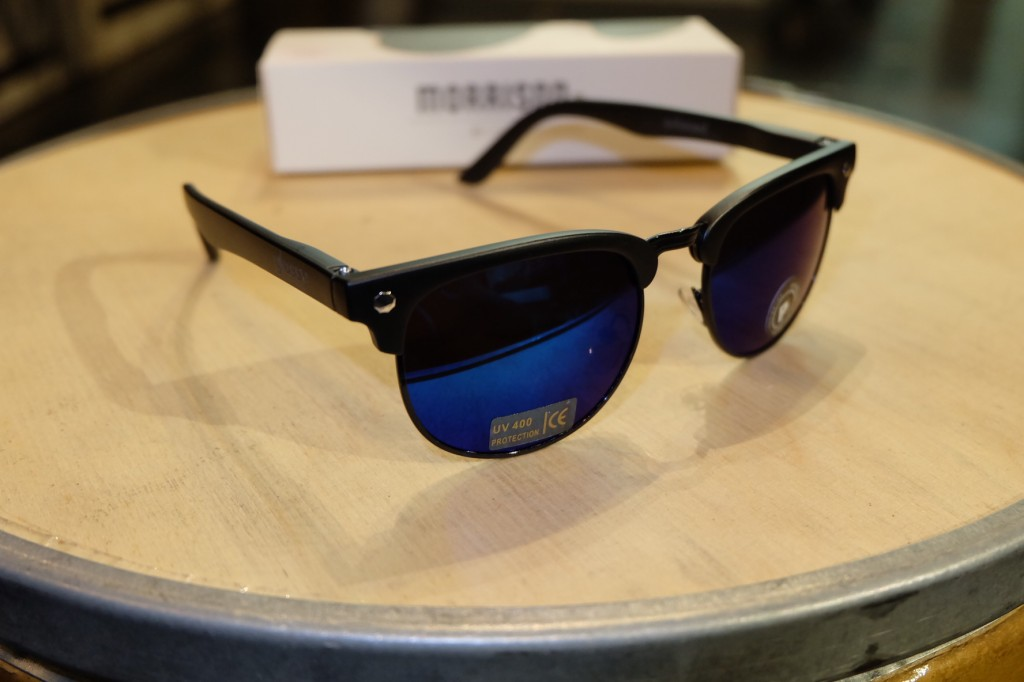 แว่นกันแดด Glassy | Glassy Morrison Signature - BLACK/BLUE MIRROR POLARIZED : ราคา 1,390.-