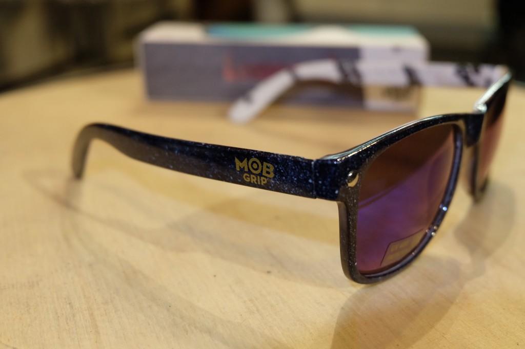 แว่นกันแดด Glassy | Glassy Leonard Signature - MOB : ราคา 1,190.-