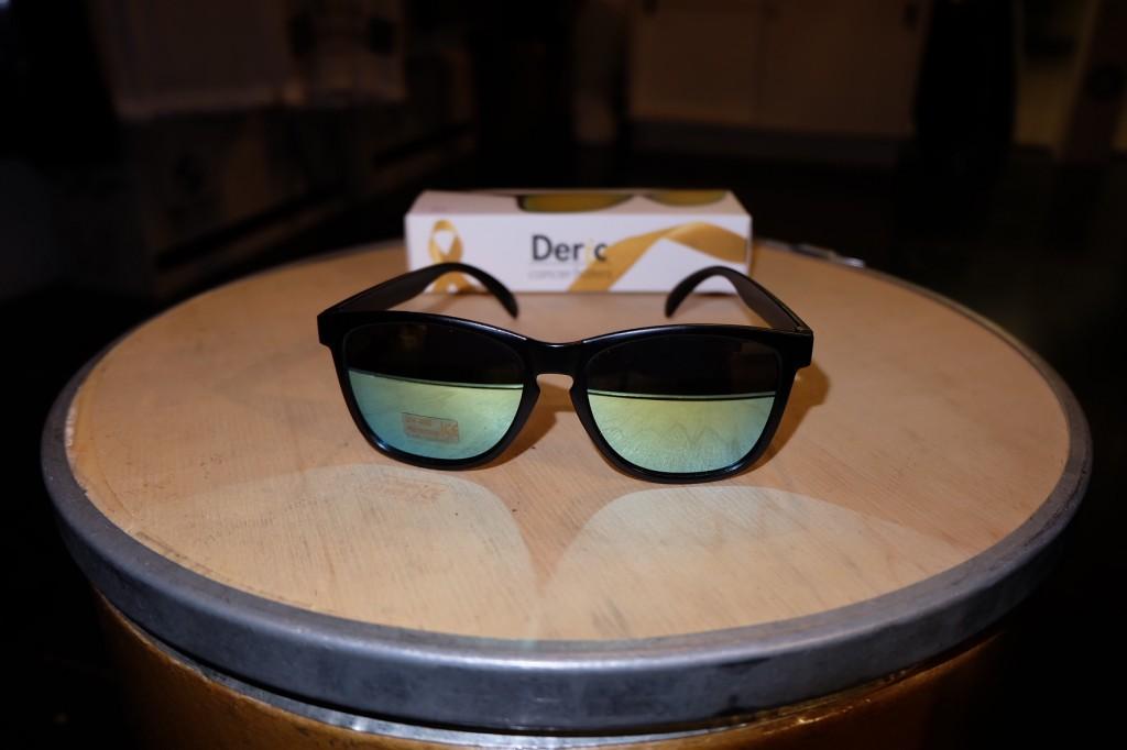 แว่นกันแดด Glassy | Glassy Deric Signature - CANCER HATER BLACK/GOLD MIRROR : ราคา 1,190.-