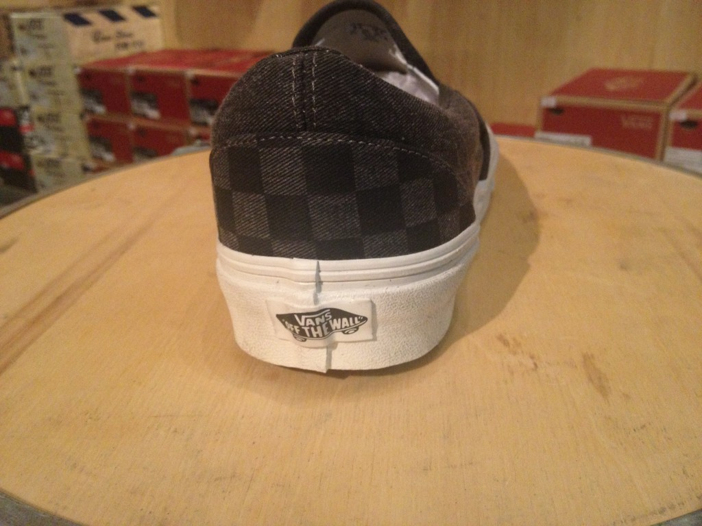 "VANS ""Classic Slip-On - (Overwashed) Black/Checker"" : Price 2,800.-"