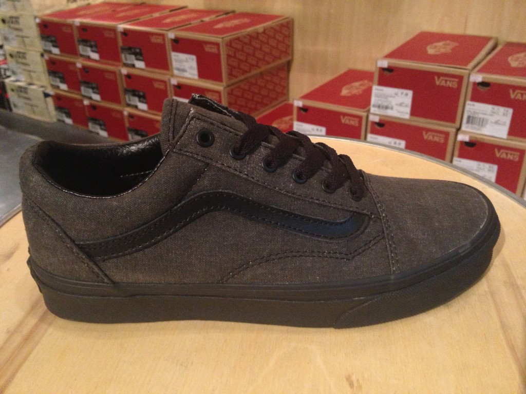 "VANS ""Old Skool - (Washed) Black/Black"" : Price 2,800.-"