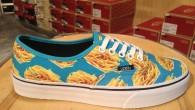 VANS:Authentic – (Late Night) Blue Atoll/Fries แวนส์ : ออเท็นติค – (เลท ไนท์) บลู อะตอย/ฟราย สี: พื้นฟ้าลายเฟร้นฟราย ราคา: 2,900.- ค่าส่ง: 100.- [EMS : 1-2 วันของถึงหน้าบ้านเลยครับ] รวม: 3,000.- Most Junk! With […]
