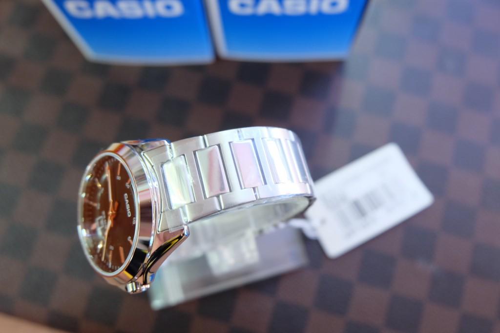 [CASIO] 1370D 1A2VDF : ราคา 1,550.-