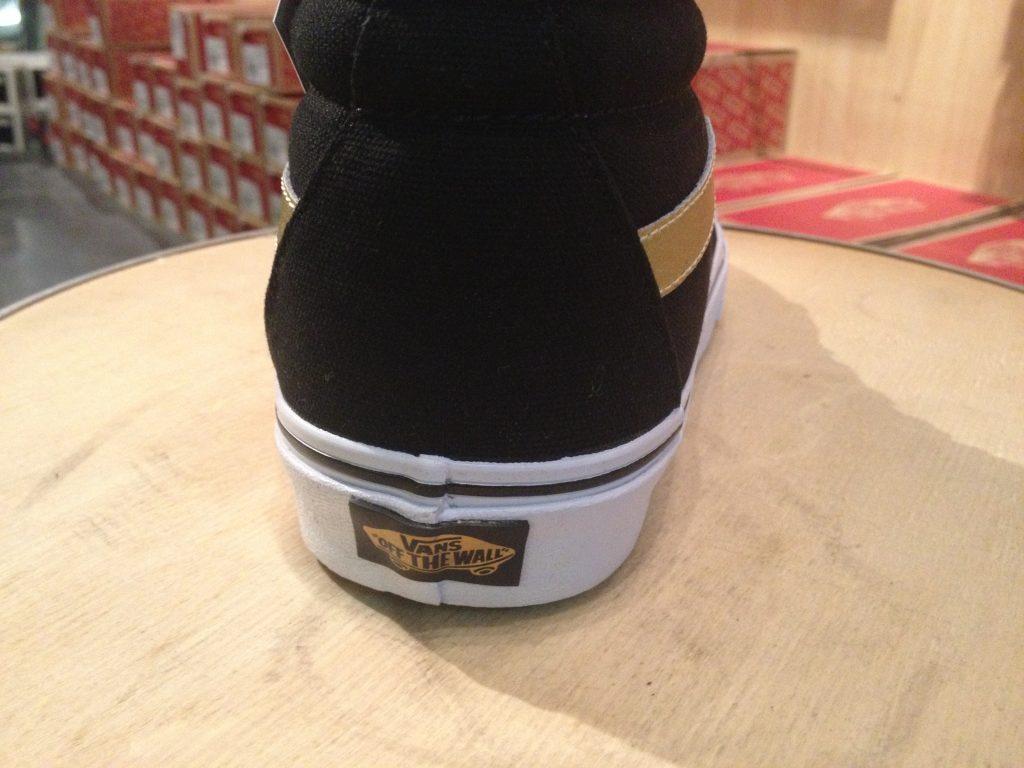 "VANS ""SK8-Hi ReIssue (50th) Black/Gold"" : Price 3,900.-"
