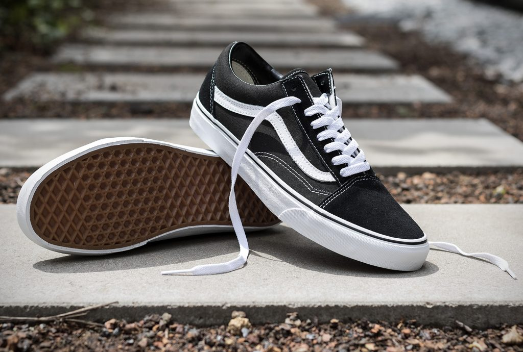 VANS Old Skool - Black : 2300.- WeSneaker.com