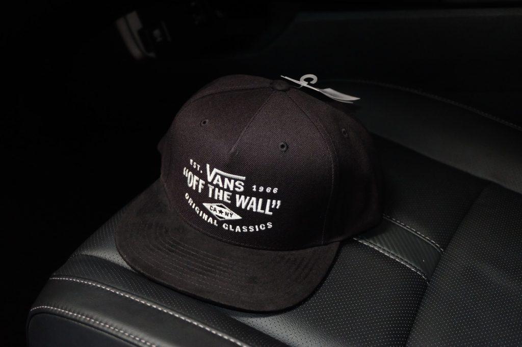 [VANS] Original Classic Snapback Cap - Black/White : Price 1,250.-