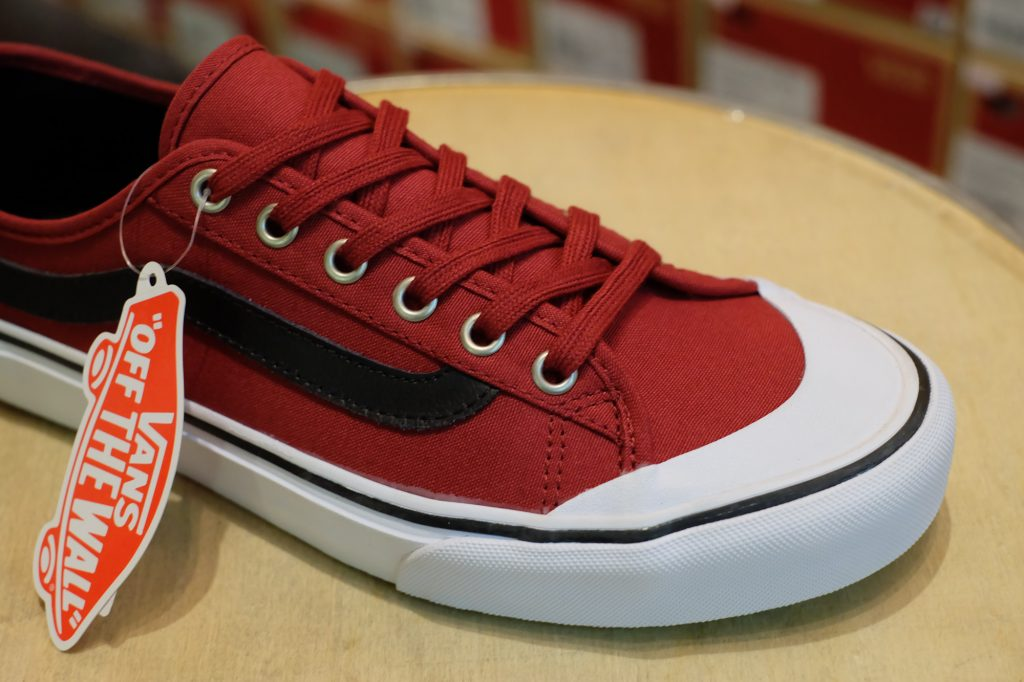 "VANS ""Black Ball SF - Biking Red/Black"" : Price 2,400.-"